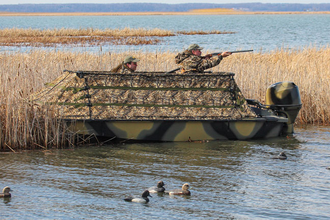Bankes-Freedom-17-Waterfowl-Boat
