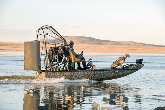 Dragonfly-Airboat-Waterfowl-Boat