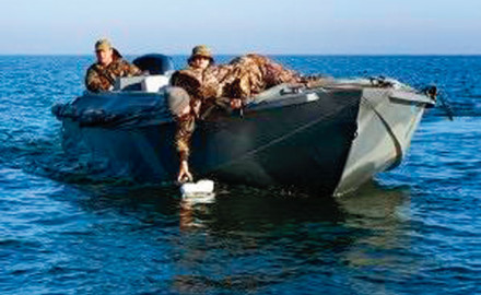 Duck-Water-Ocean-23-Waterfowl-Boat