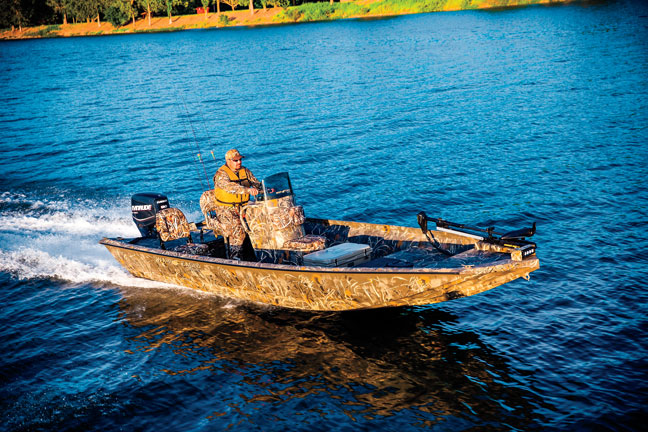 War-Eagle-961-Blackhawk-Waterfowl-Boat