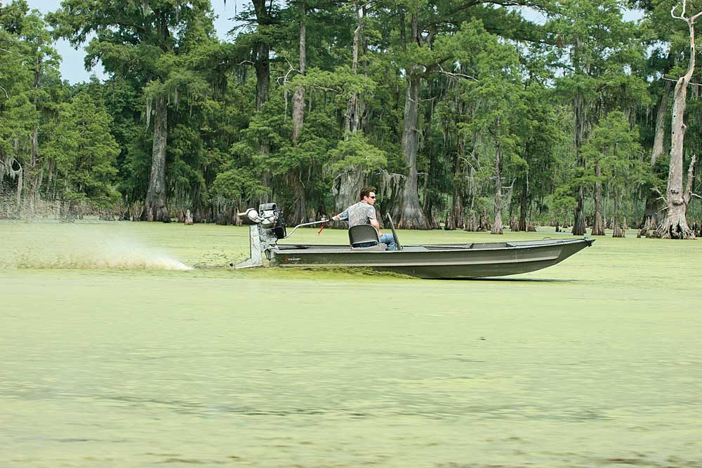 //www.wildfowlmag.com/files/best-waterfowl-boats-for-2014/go-devil-surface-drive-16x60.jpg