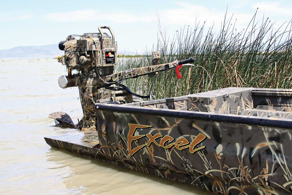 //www.wildfowlmag.com/files/best-waterfowl-boats-for-2014/mud-buddy-sport-v.jpg