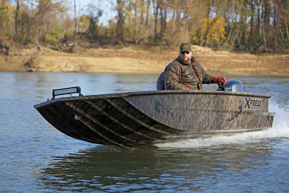 //www.wildfowlmag.com/files/best-waterfowl-boats-for-2014/xpress-xts.jpg