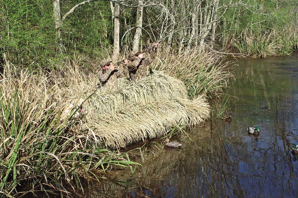 //www.wildfowlmag.com/files/hot-new-waterfowl-blinds-for-2014/godevil.jpg