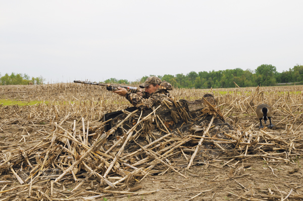//www.wildfowlmag.com/files/layouts-and-duck-blinds-for-2013/04_foiles-strait-stealth.jpg