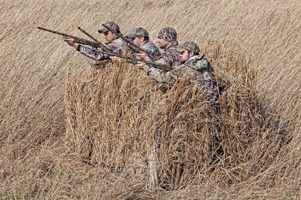 //www.wildfowlmag.com/files/layouts-and-duck-blinds-for-2013/05_avian-x-a-frame.jpg