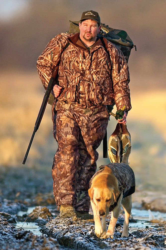 //www.wildfowlmag.com/files/wildfowl-spotlight-drake-waterfowl/drake_4.jpg
