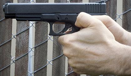 How NOT to shoot a revolver - Revolver Handguns