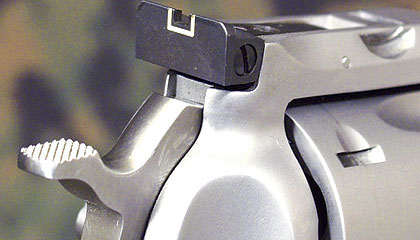 http://www.handgunsmag.com/files/2010/09/hgruger_121707e.jpg