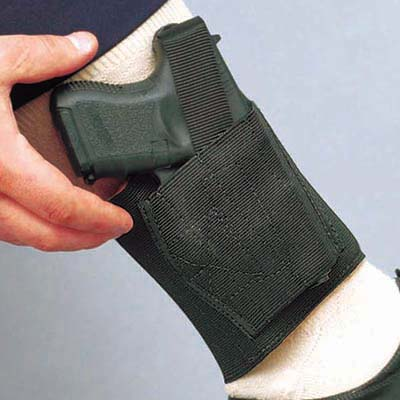DeSantis Gunhide introduces the Apache Ankle Rig for the Sig P290. The Apache's wide, elasticized