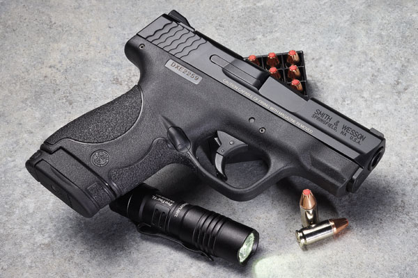 Smith-&-Wesson-M&P-Shield_001