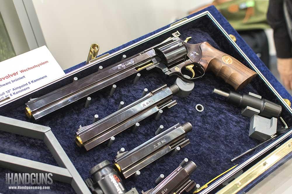 best-revolvers-JANZ_JTE-S02