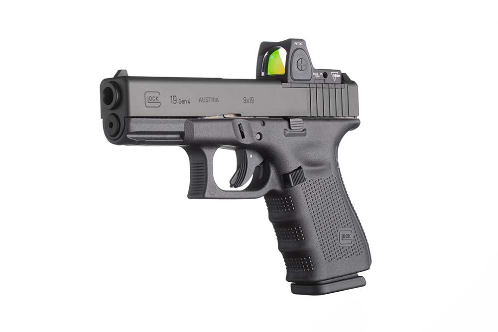 concealed-Glock-G19-Gen4-gun-MOS-45-carry-(with-optic)