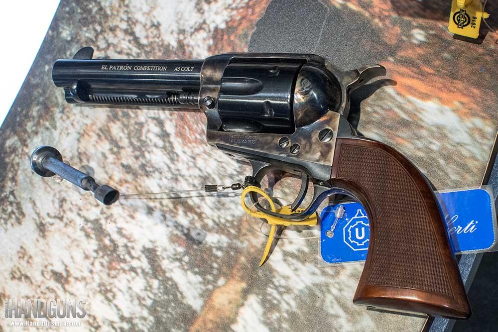 revolvers-Uberti-CattleM-01-best