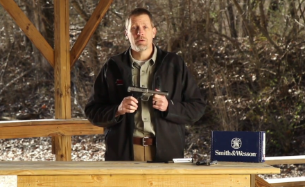 James Tarr reviews the Smith & Wesson SW22 Victory pistol.