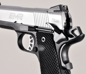 The EMP 4 CCC sports a full-size ambidextrous thumb safety in addition to a beavertail grip safety with memory bump. The G10 grips have a small dish to make it easier to hit the mag release button.