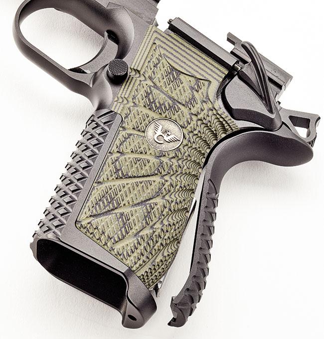http://www.handgunsmag.com/files/2017/12/Wilson-Combat-EDC-X9-grip.jpg