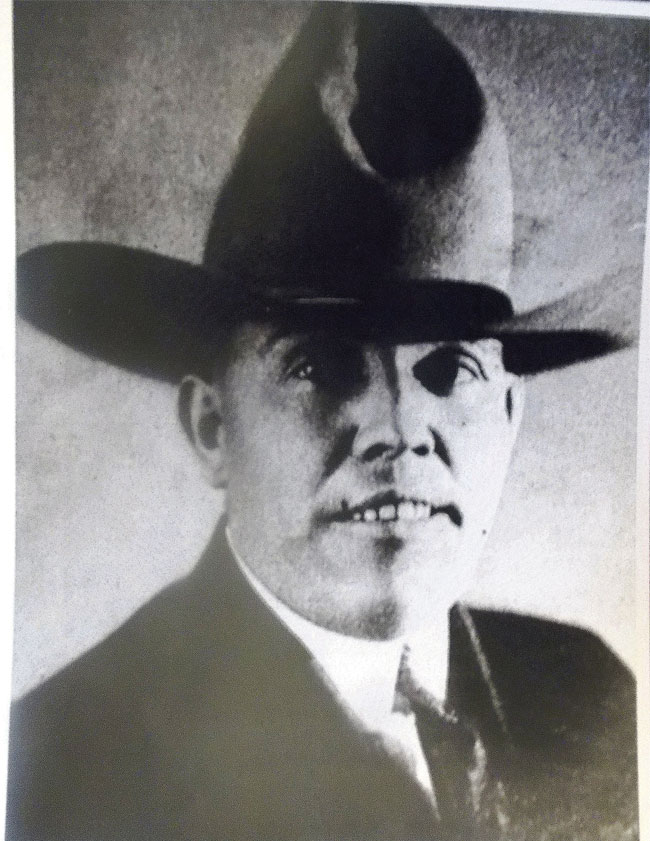 Tom Threepersons was a cowboy, Army scout and respected lawman who turned the Mexican loop holster into a more practical design.