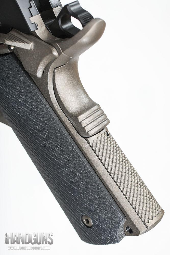 http://www.handgunsmag.com/files/ed-brown-special-forces-bronze-review/ed_brown_special_forces_bronze_2.jpg