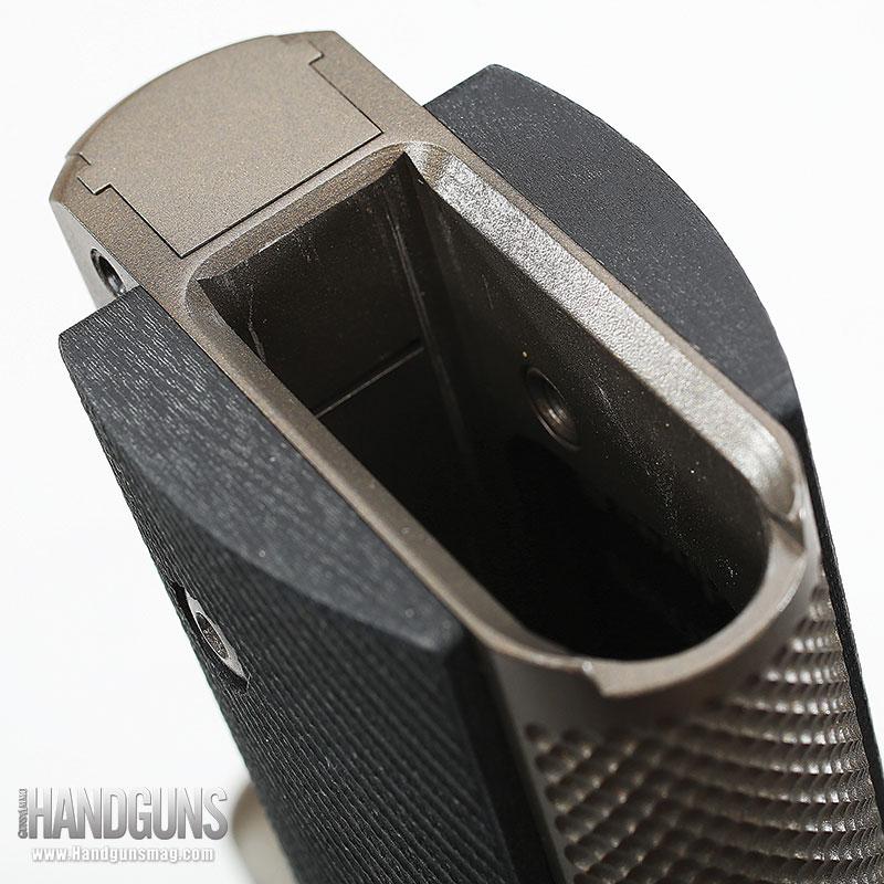 http://www.handgunsmag.com/files/ed-brown-special-forces-bronze-review/ed_brown_special_forces_bronze_6.jpg