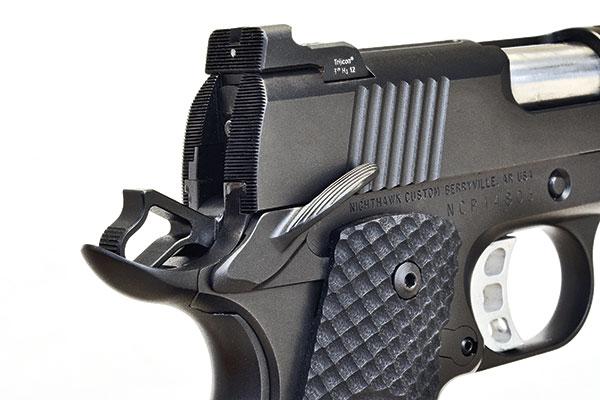 http://www.handgunsmag.com/files/nighthawk-falcon-commander-review/nighthawk_falcon_commander_3.jpg