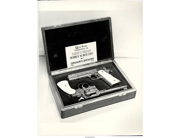 HARRY S. TRUMAN - Colt M1911 and Colt Officers Model .22 LR