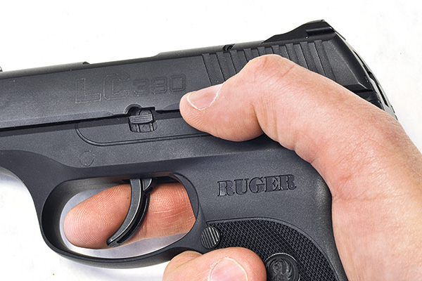 //www.handgunsmag.com/files/ruger-lc380-review/ruger_lc_380_2.jpg