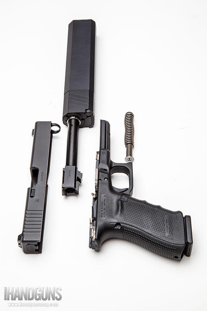 http://www.handgunsmag.com/files/silencerco-osprey-review/silencerco_osprey_review_10.jpg