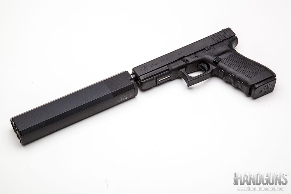 http://www.handgunsmag.com/files/silencerco-osprey-review/silencerco_osprey_review_f.jpg