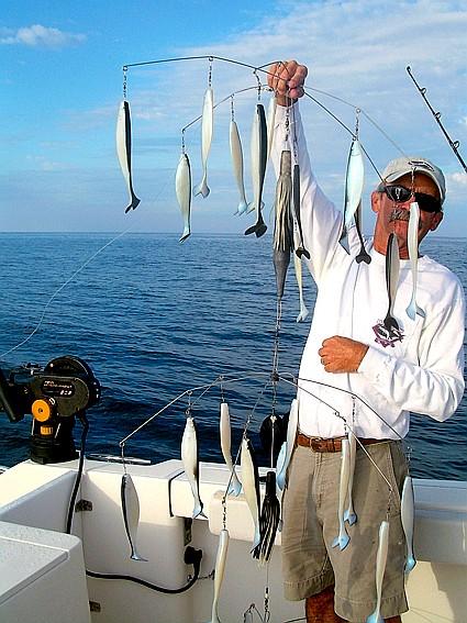 Trolling circle hooks for sailfish for Circle fishing boat
