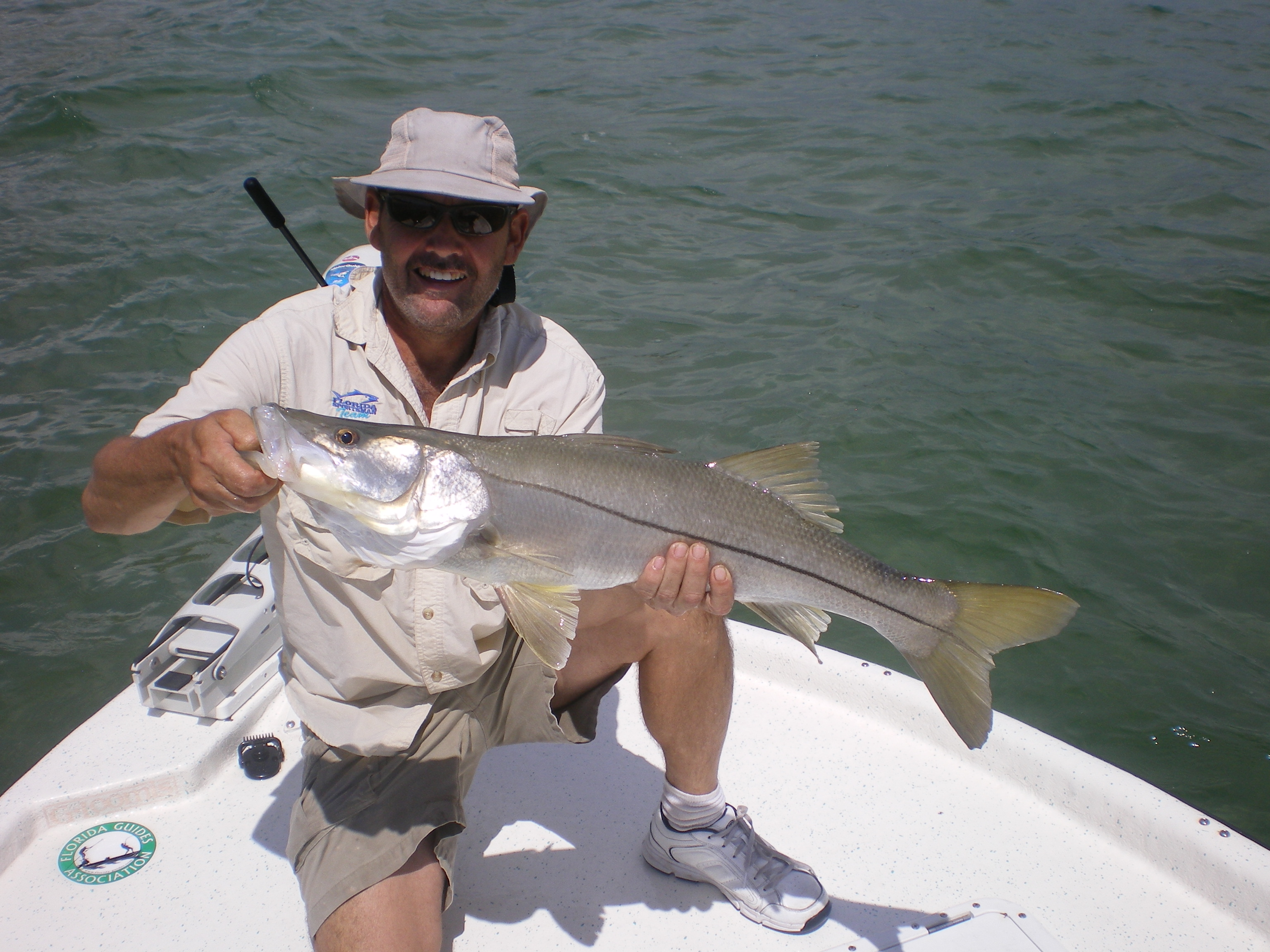 Southeast guides florida sportsman for Fishing charters west palm beach