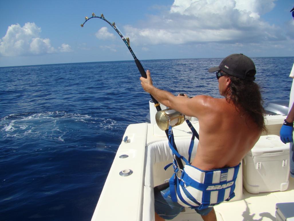 Tropical mixed bag florida sportsman for Florida sportsman fishing report