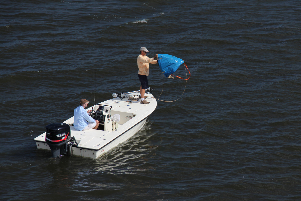5 tactics for fishing in wind florida sportsman for Fishing in the wind