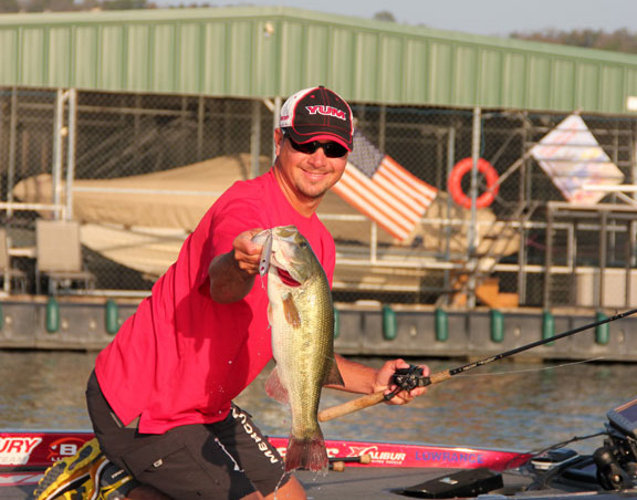 Jason christie wins bassmaster elite florida sportsman for Jason christie fishing