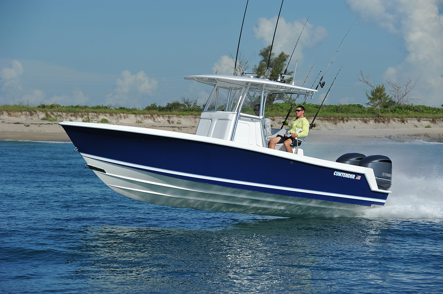 Florida sportsman best boat 28 39 to 32 39 center consoles for Best center console fishing boats
