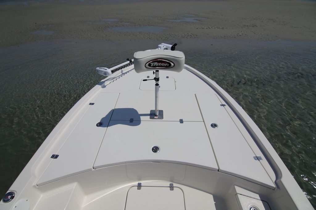 Triton 240 LTS Front Deck Review