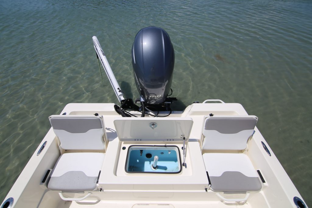 Skeeter SX 210 Aft Deck Review