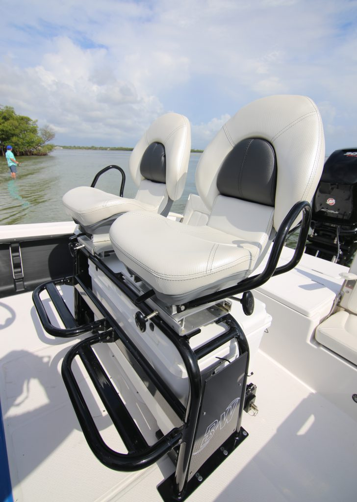 Blue Wave RS1 Pure Bay Helm Seating