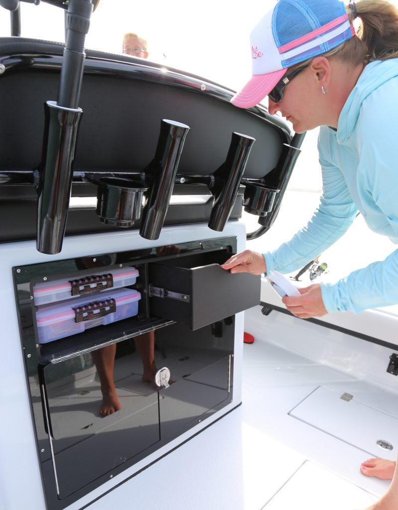 Dorado 25 Tackle Station Review