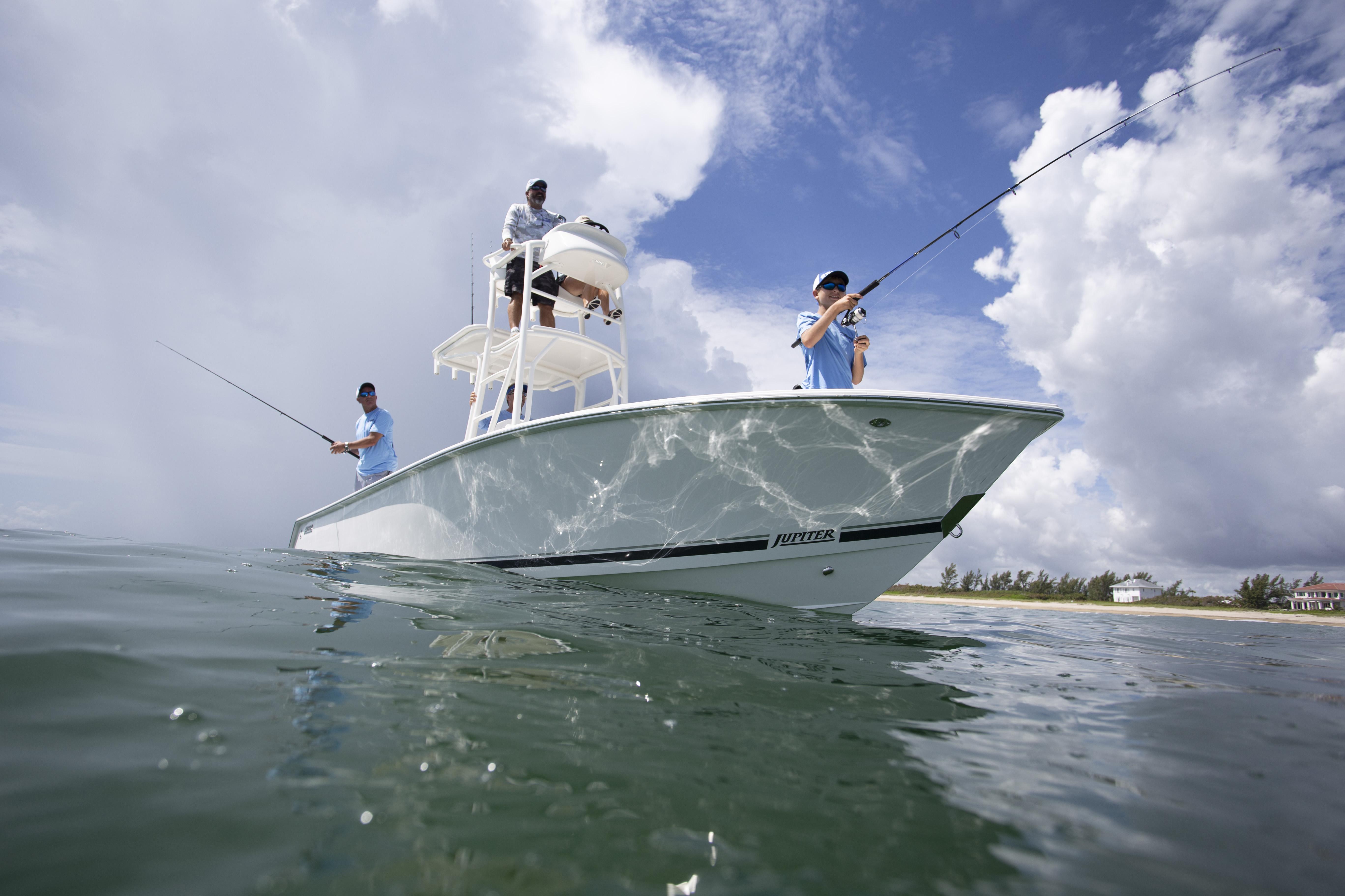 Jupiter 25 Bay Fishing Review