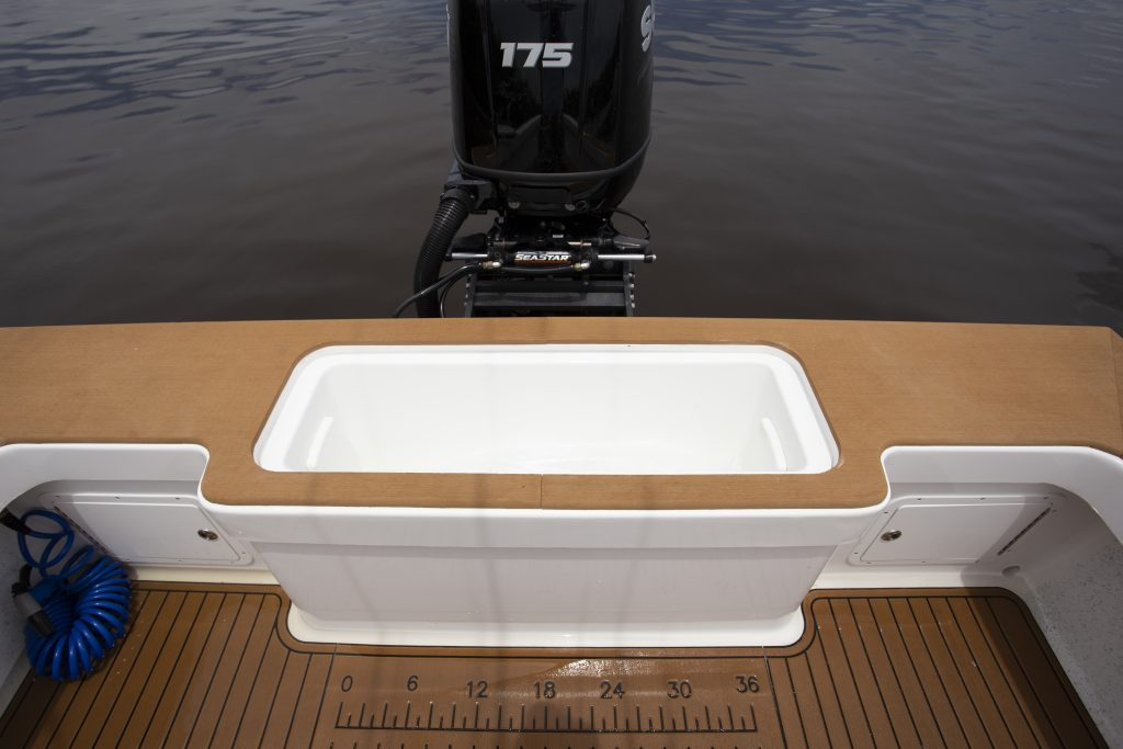 Croswait Carolina Custom 21 Transom Review