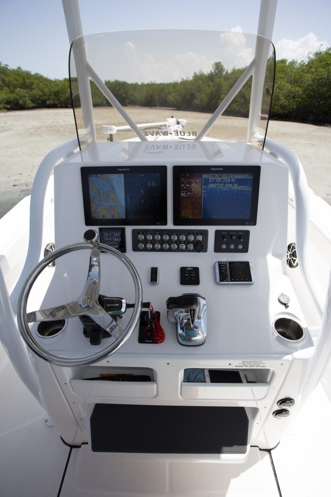 Blue Wave 2800 Pure Hybrid Helm Review