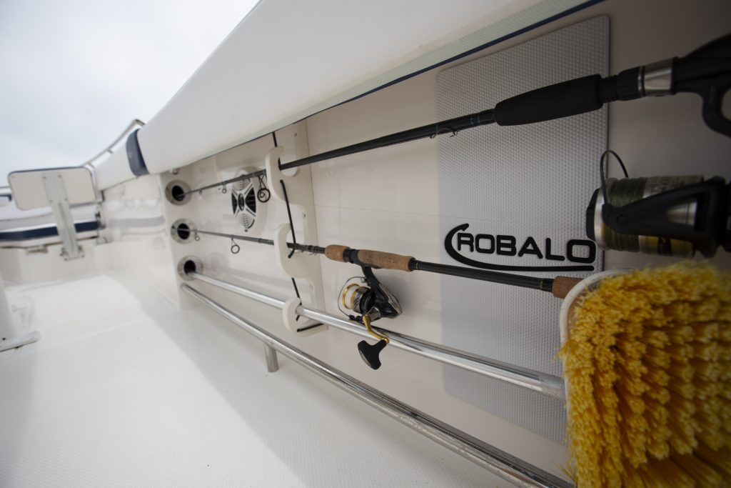 Robalo 242 Explorer Rod Holder Review