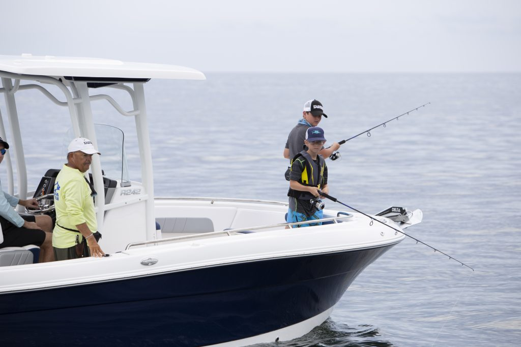 Robalo 242 Explorer Fishing Review