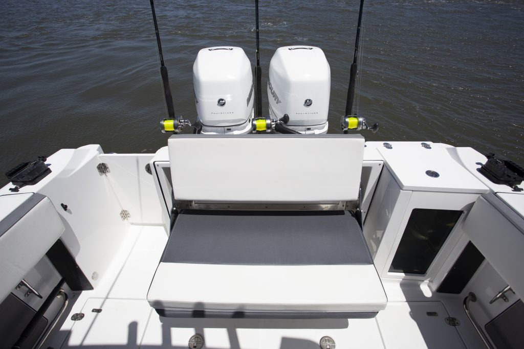 Blackfin 272cc seating Review