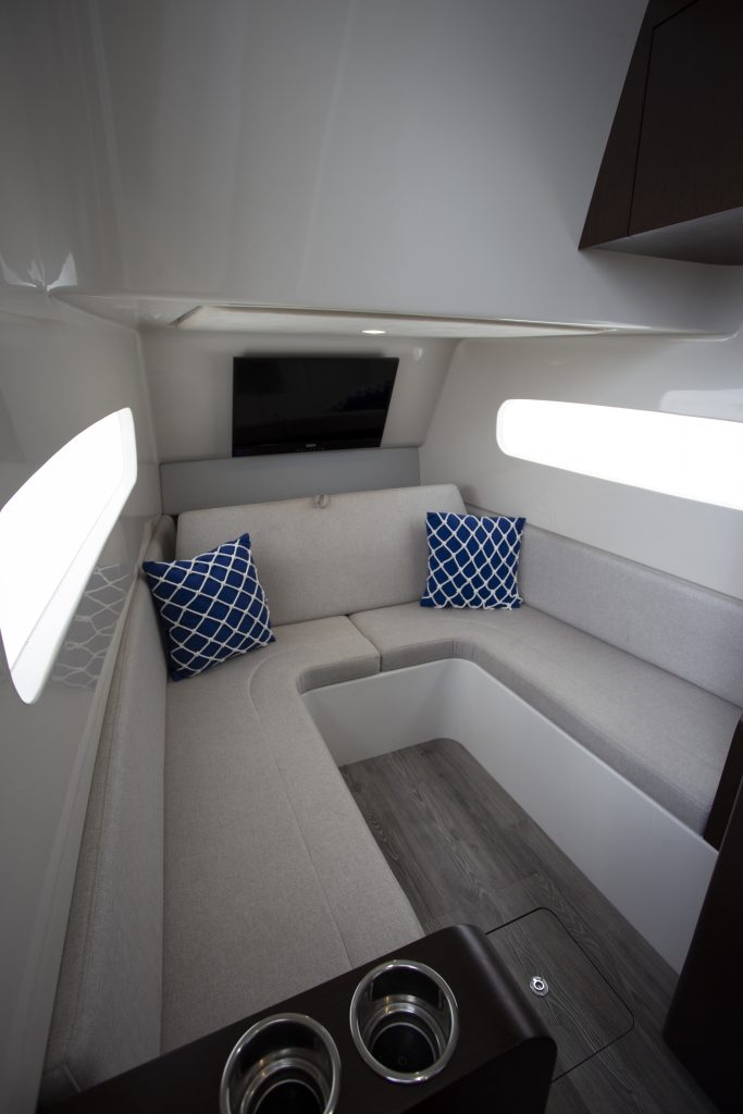 Jupiter 43 SF Cabin Review