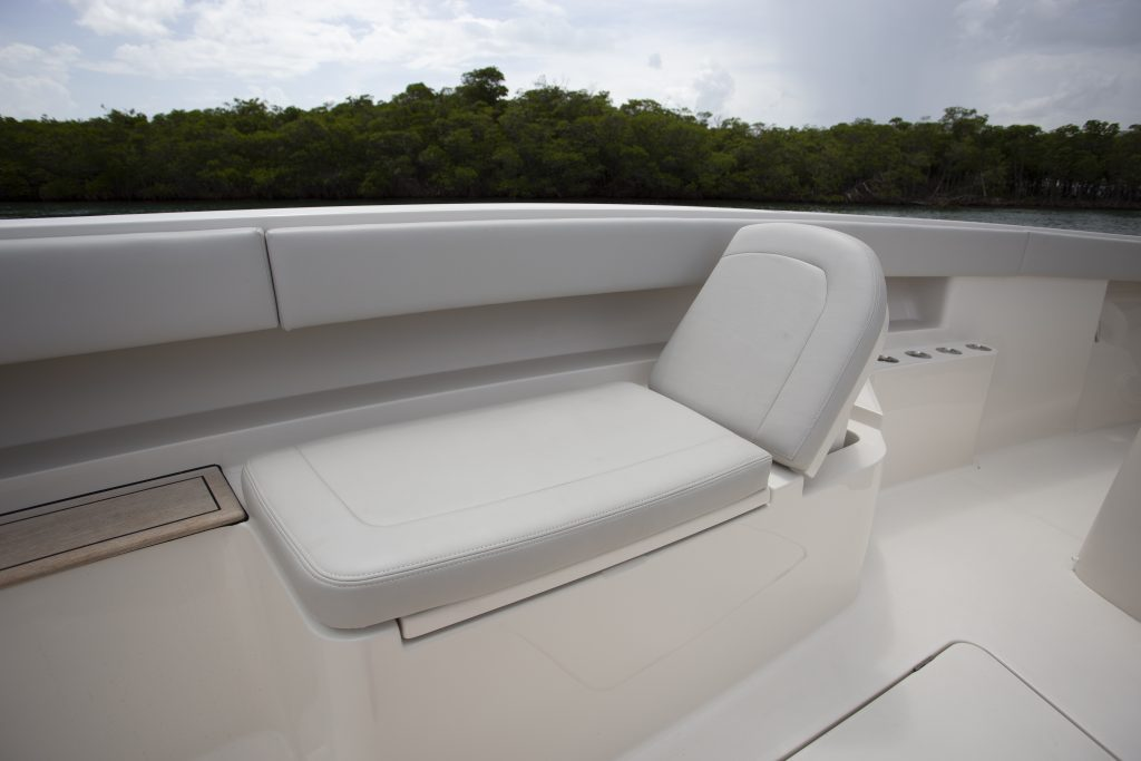 Jupiter 43 SF Seat Review