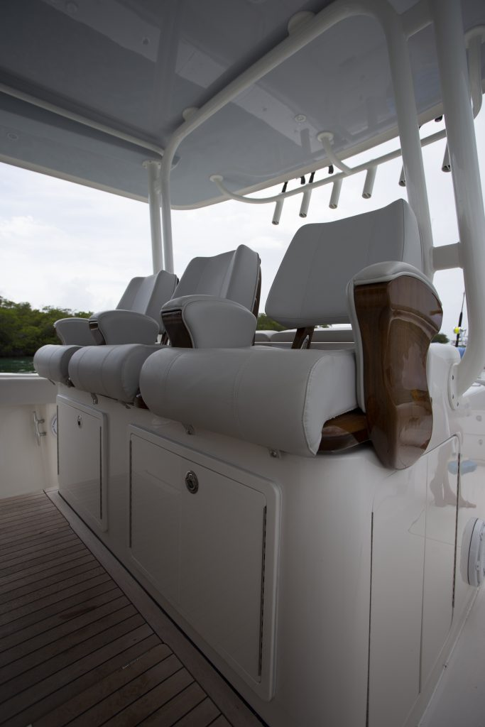 Jupiter 43 SF Helm Seating Review