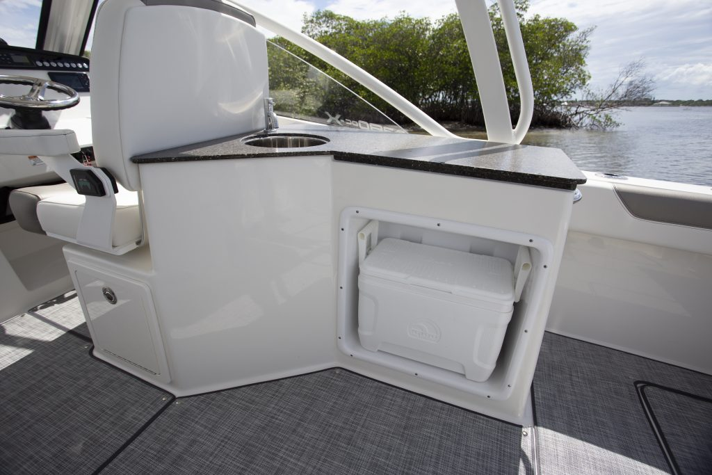 World Cat 280 DC-X Galley Review
