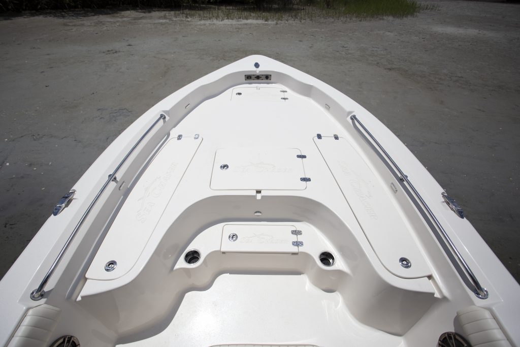 Sea Chaser 23 LX Front Deck Review